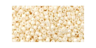 Toho delica 11/0 Opaque lustered light beige