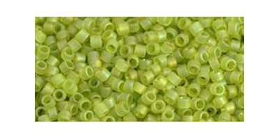 Toho delica 11/0 Transp. rainbow frost lime green