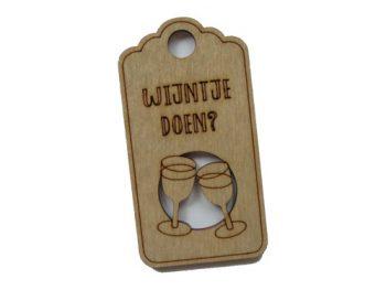 houten label wijntje doen?