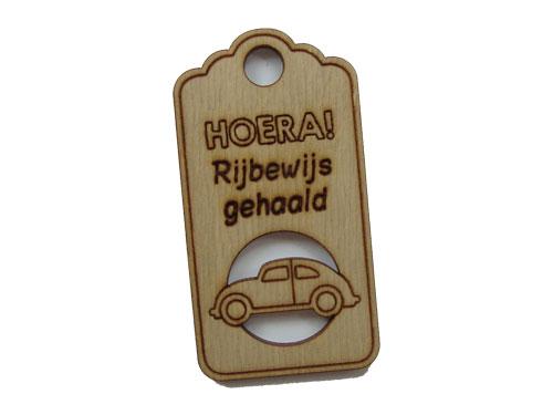 houten label hoera rijbewijs gehaald
