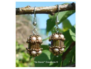 Pakket oorbellen Vinchènze De Daver Creations iris - almond