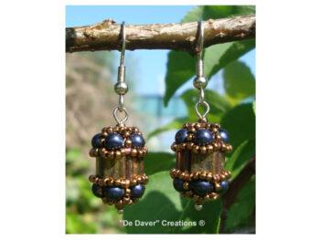 Pakket oorbellen Vinchènze De Daver Creations iris - night blue